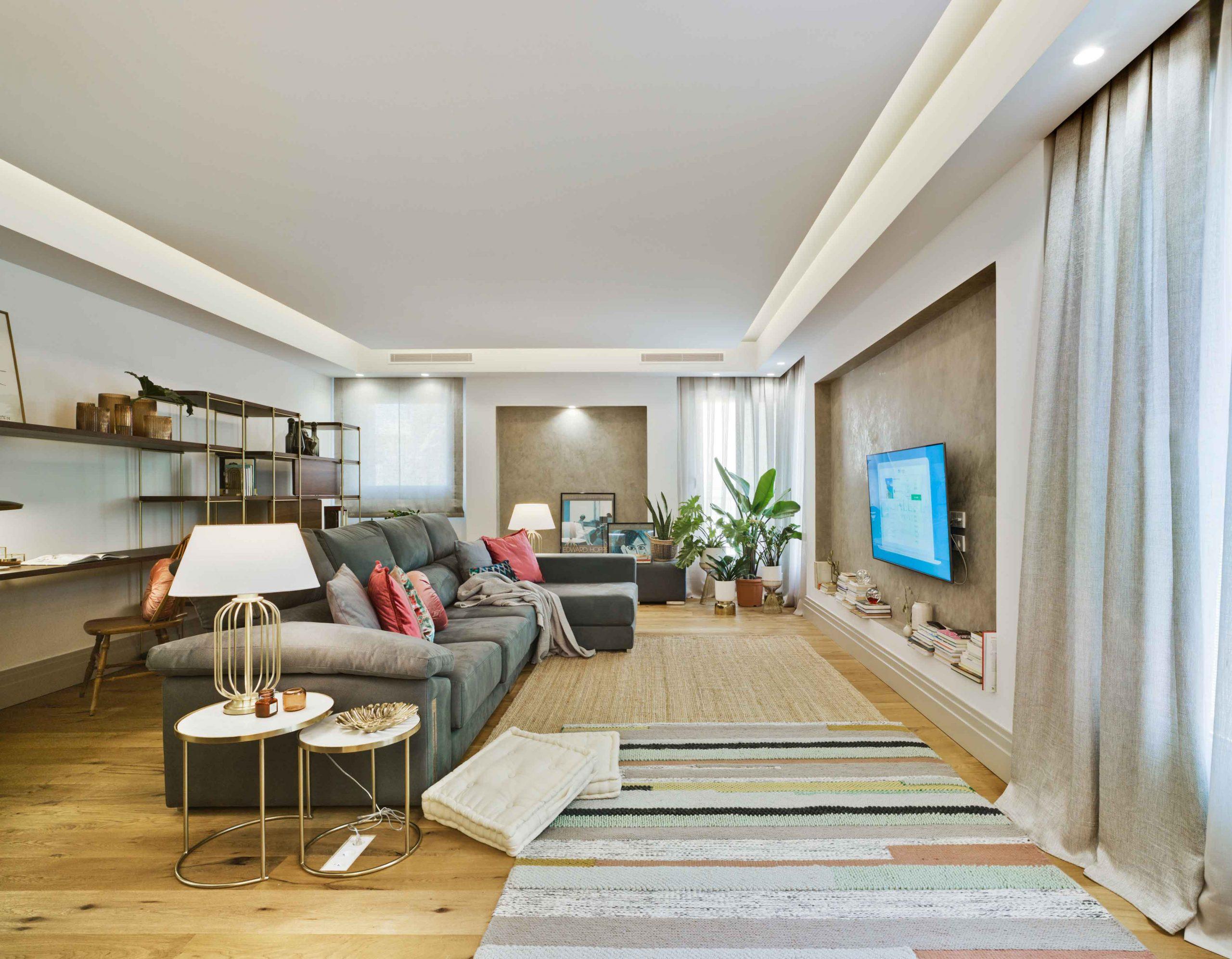 Mobiliario de diseño proyecto hogar familiar