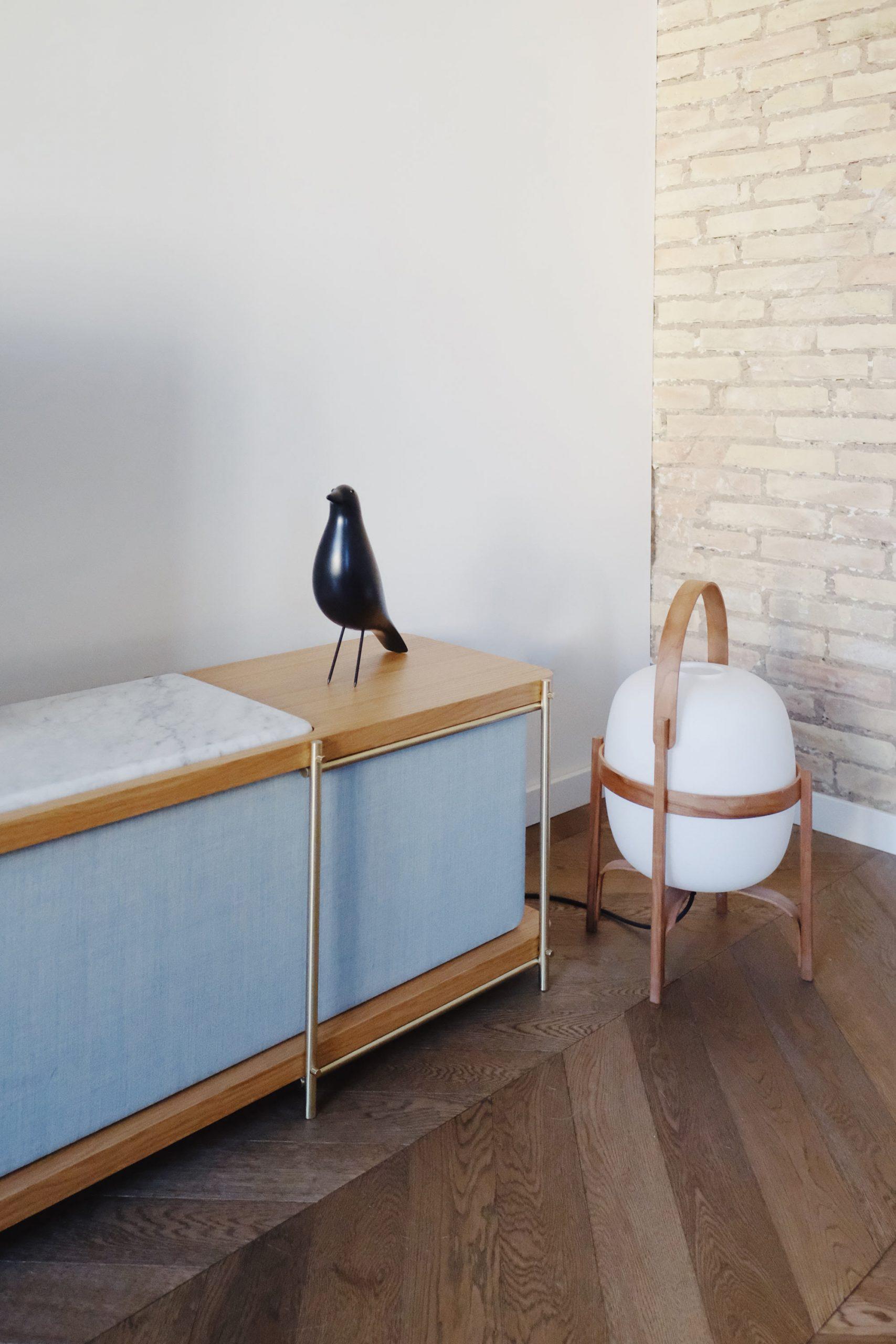 Julia by Momocca, Bauhaus style interior design