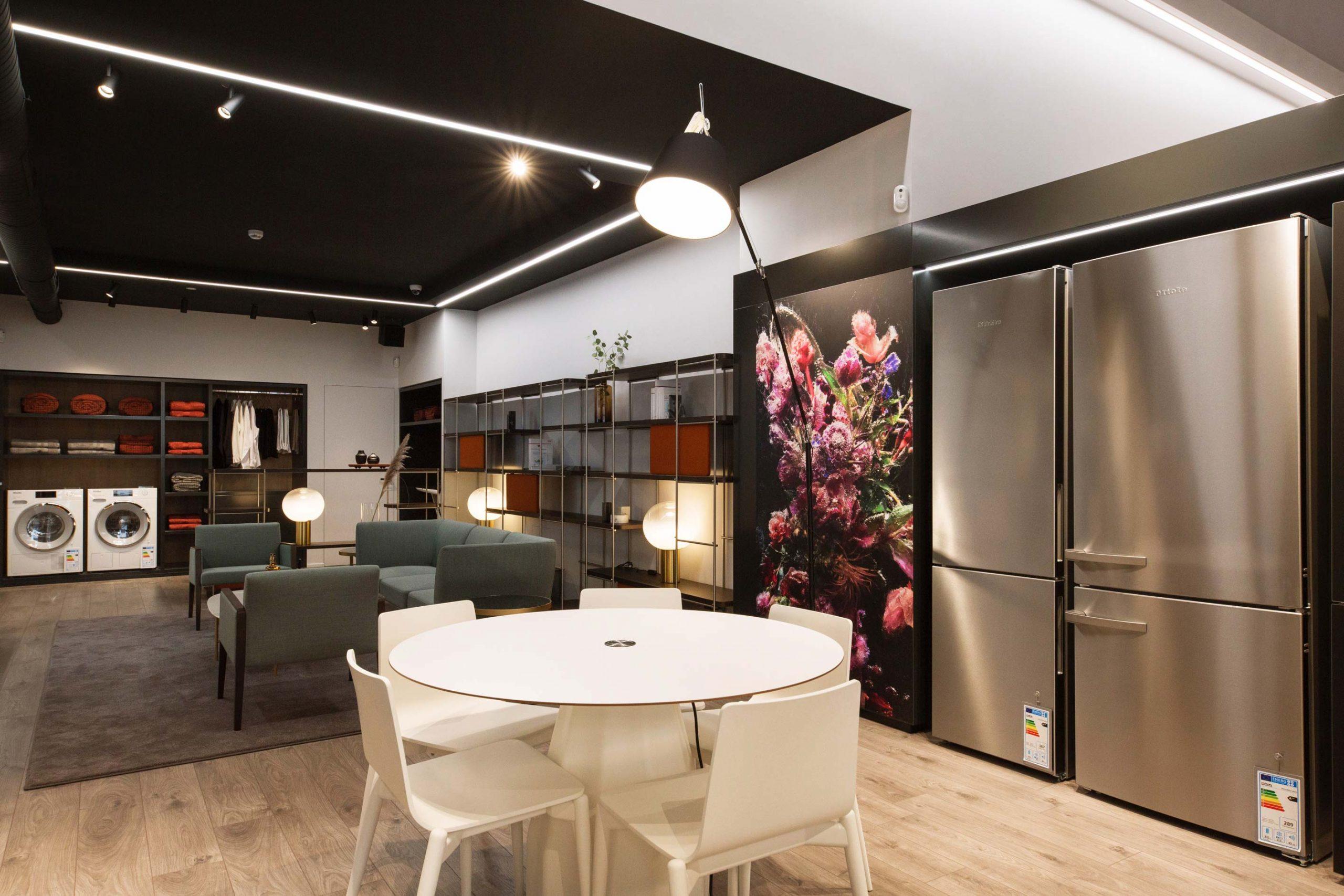 Retail interior design Miele Momocca