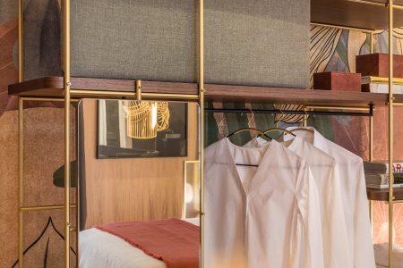 Julia Dressing Room: Expanding range