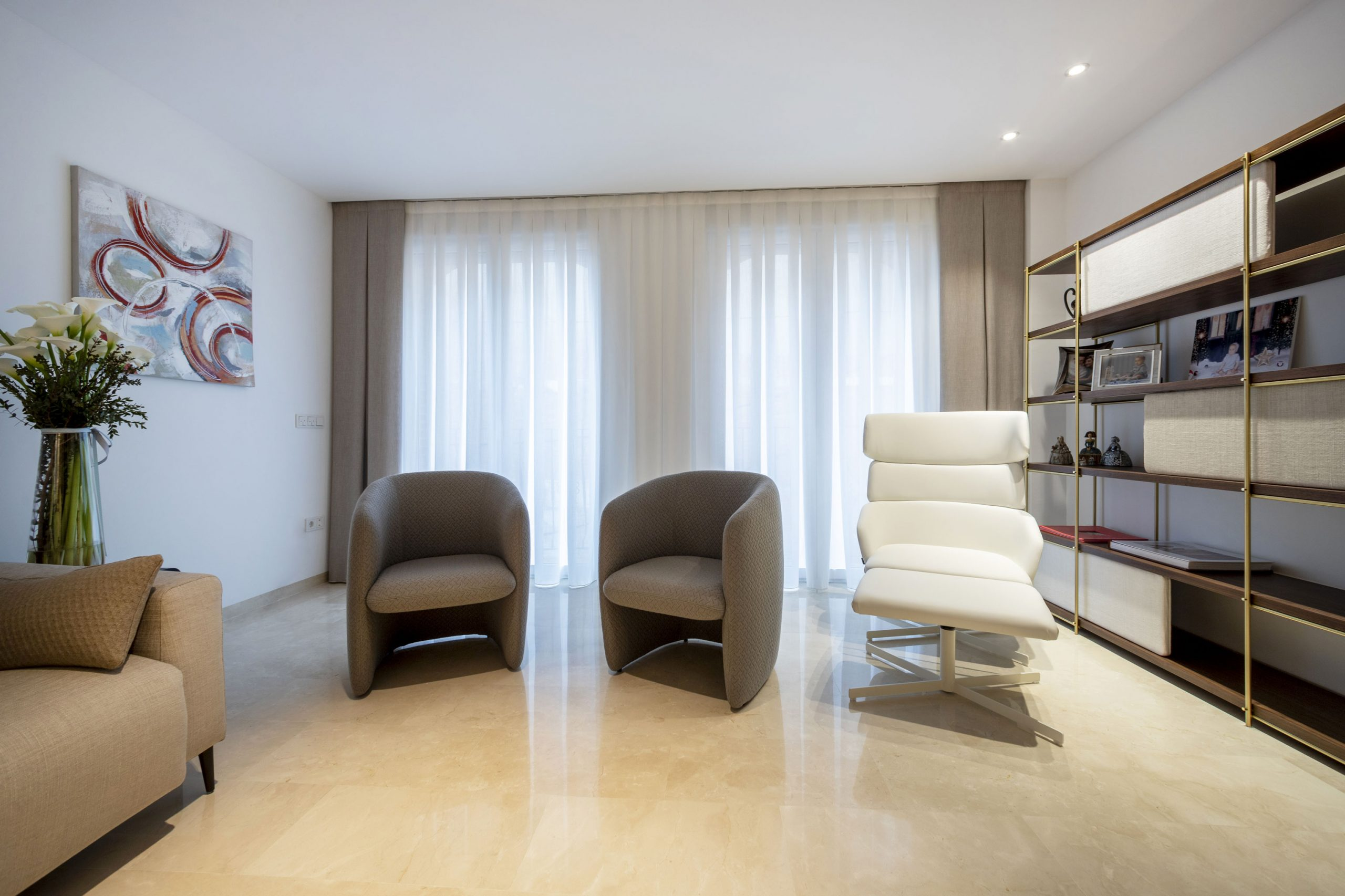 Light and airy interior design by Miguel Calvo